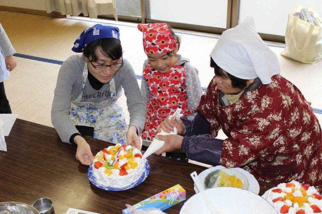 開聞地区クリスマスケーキ作り